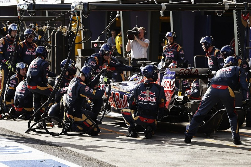 Pirelli surprised by scale of F1's strategy shake-up in 2016 rules