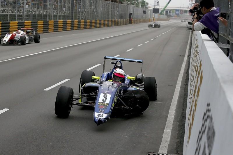 Habsburg explains last-corner Macau Grand Prix lead crash