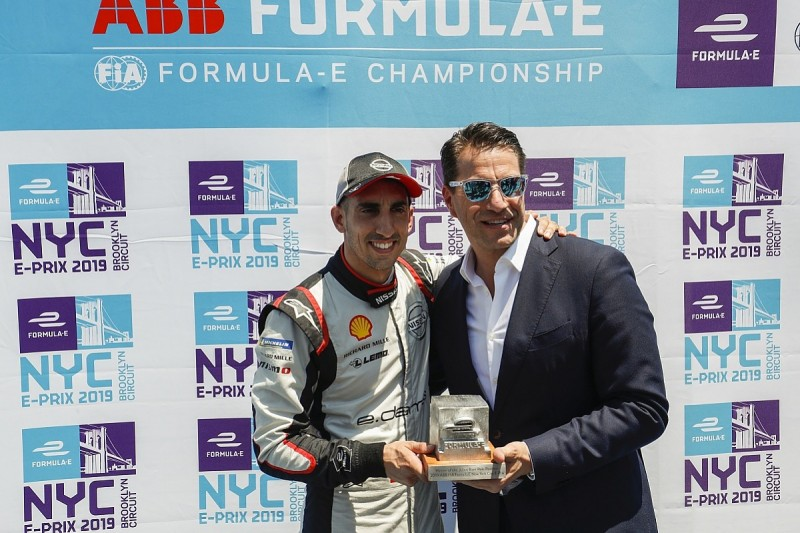 New York FE: Buemi takes race one pole, main title rivals mid-pack