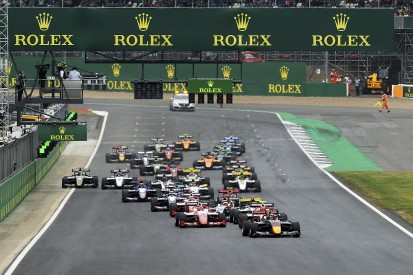 Red Bull F1 junior Vips wins Silverstone F3 race from pole