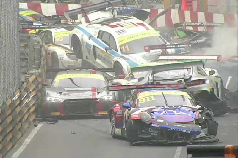 GT World Cup qualifying race red flagged after huge pile-up