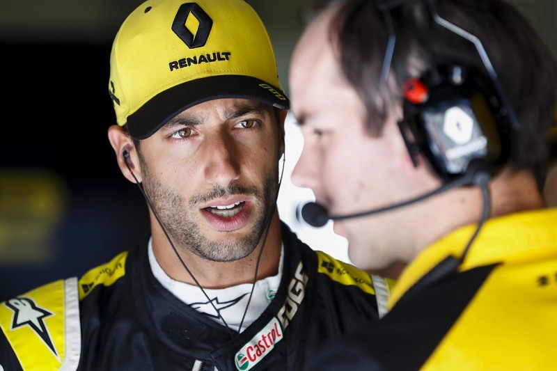 """Ricciardo: McLaren has """"the kind of package we're looking for"""" in F1"""