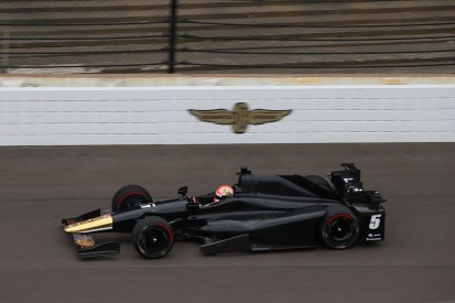 'No anxiety' as Hinchcliffe returns to Indianapolis after crash