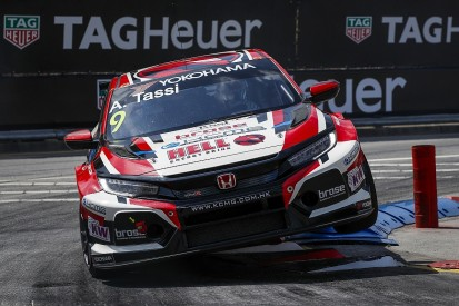 Tassi secures maiden WTCR pole and Honda 1-2 for Vila Real finale