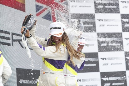 Marta Garcia controls Norisring race for first W Series victory