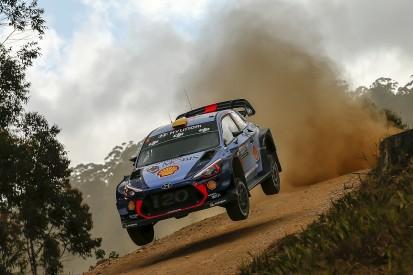 WRC Rally Australia: Mikkelsen pulls clear after Meeke error