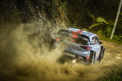 WRC Rally Australia: Andreas Mikkelsen continues to pull away