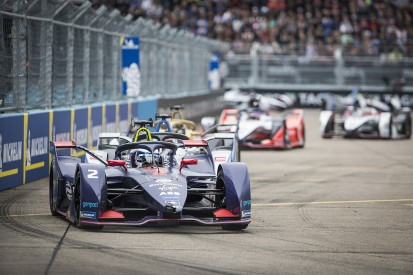 Formula E drivers prefer return to fixed lap-count format