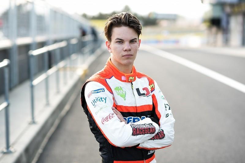 Teenage Australian Supercar racer eyes BTCC switch, tests Vauxhall