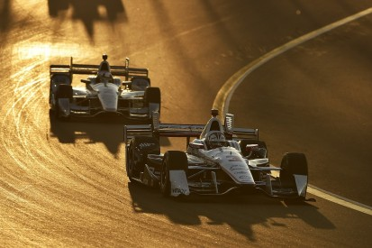 Penske's Castroneves and Montoya puzzled by Phoenix tyre failures