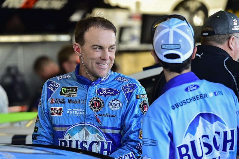 'Underdog' Harvick still expects to win 2017 NASCAR Cup title