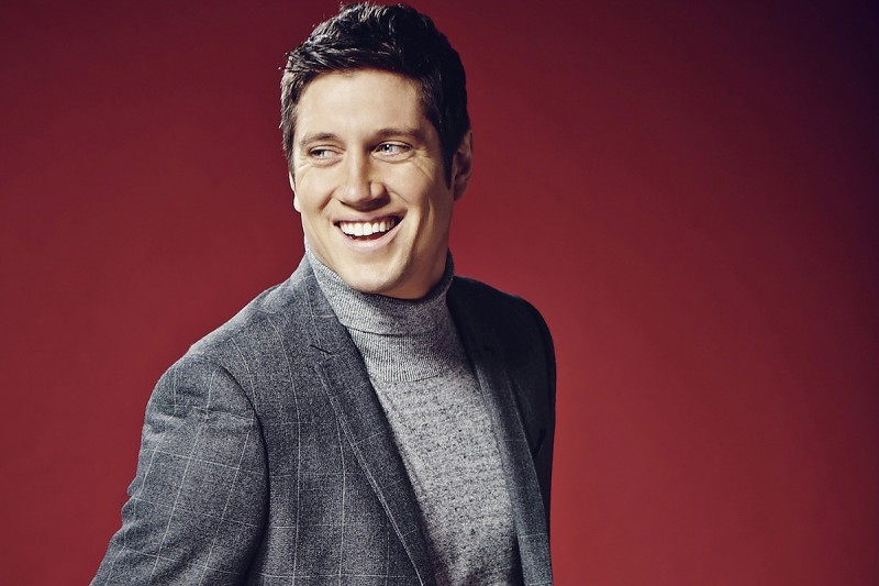 Vernon Kay to present Channel 5 coverage of Formula E in UK