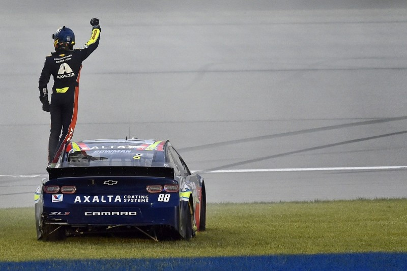 Chicagoland NASCAR: Bowman claims maiden Cup win after rain delay