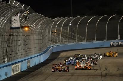 Ganassi's Scott Dixon beats Penske pack for Phoenix IndyCar win