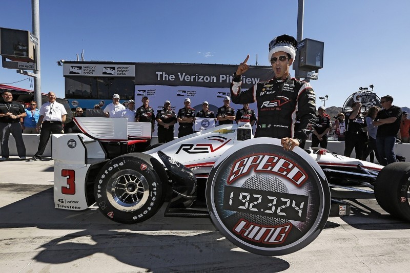 Helio Castroneves on Phoenix IndyCar pole as Chevrolet dominates