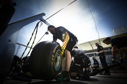 Pirelli working on eight Formula 1 tyre compounds for 2018
