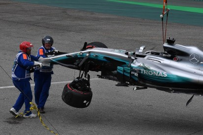 Brazilian GP: Hamilton crashes out of qualifying on first lap