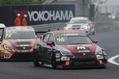 Zengo Motorsport signs two Hungarian teenagers for 2016 WTCC