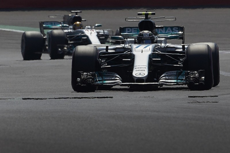 Mercedes has 'interesting concepts' to try in final F1 races of 2017