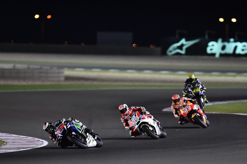 Qatar MotoGP: Lorenzo overcomes early Ducati assault for victory