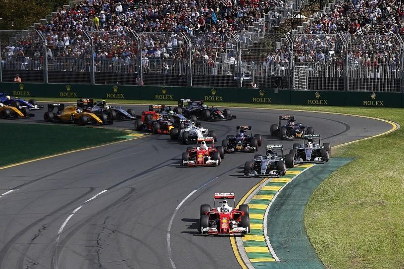 Nico Rosberg apologises to Lewis Hamilton for Melbourne contact