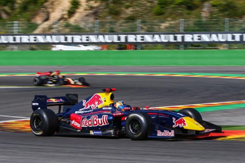 Spa FR3.5: Red Bull rising star Carlos Sainz Jr on pole again