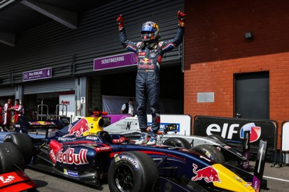 Spa FR3.5: Red Bull protege Carlos Sainz Jr completes double win
