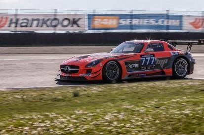 First-lap clash disrupts Robert Kubica's circuit racing return