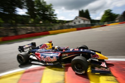 Spa FR3.5: Carlos Sainz Jr sets the pace in practice
