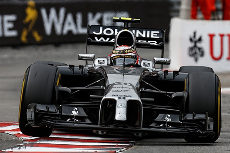 Boullier says Magnussen suffering from F1 'rookie syndrome'