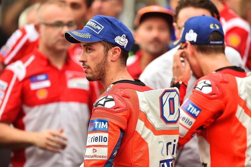 MotoGP Sepang: Dovizioso angry despite keeping title bid open