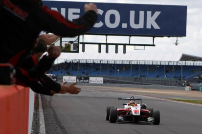 Silverstone British F3: Marvin Kirchhofer doubles up in race three