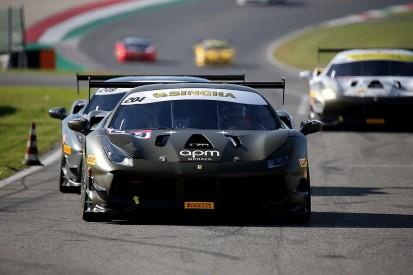 Prette clings on for tight Ferrari Challenge Asia Pacific win