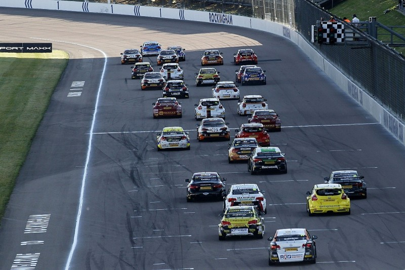 Analysis: Why 'crazy deals' have been needed to fill 2016 BTCC grid