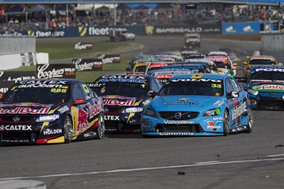 Craig Lowndes takes 97th win in V8 Supercars at Barbagallo