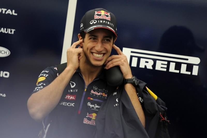 Red Bull Formula 1 team sure it will keep Daniel Ricciardo for 2015