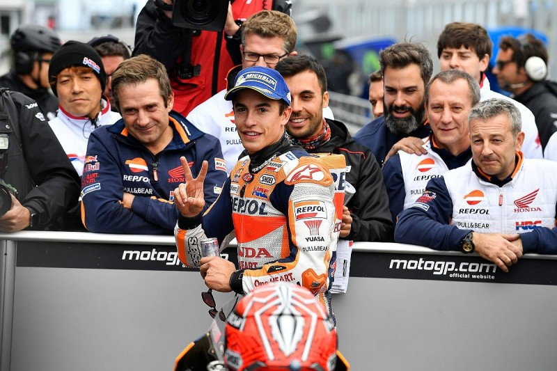 Phillip Island MotoGP: Marquez storms to pole, Dovizioso only 11th