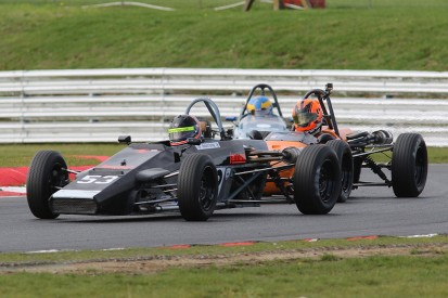 Three-way Historic Formula Ford 1600 title goes down to the wire