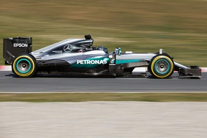 Mercedes shows qualifying pace as second Formula 1 test begins