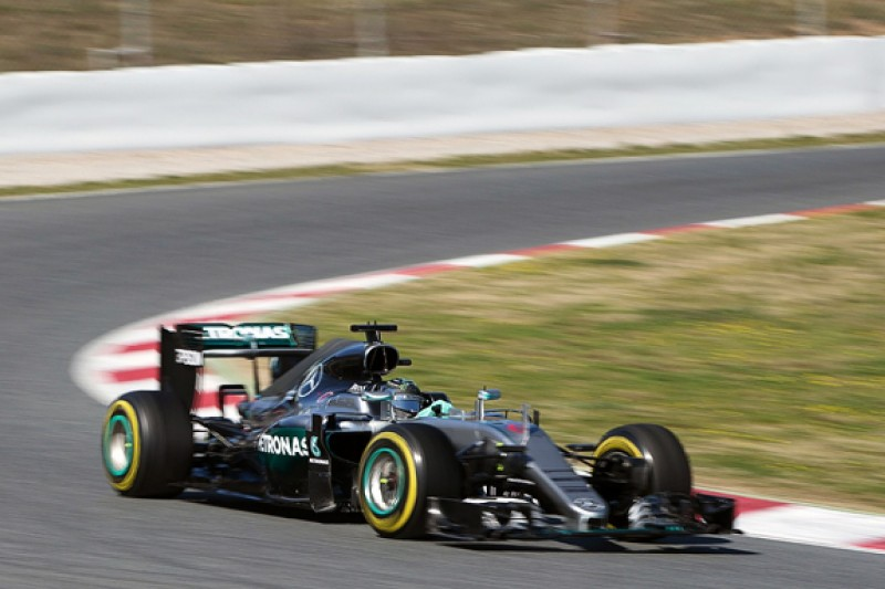 Barcelona F1 test: Rosberg tops Mercedes' first day of 2016