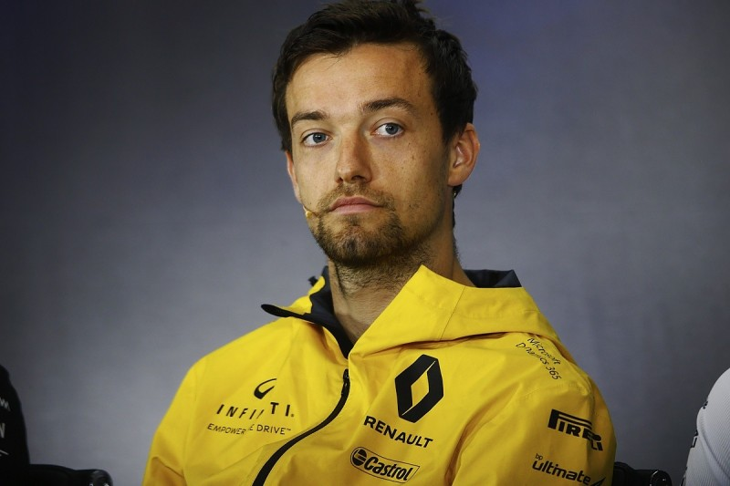 Palmer has 'Renault's commitment' to help him find a drive in 2018