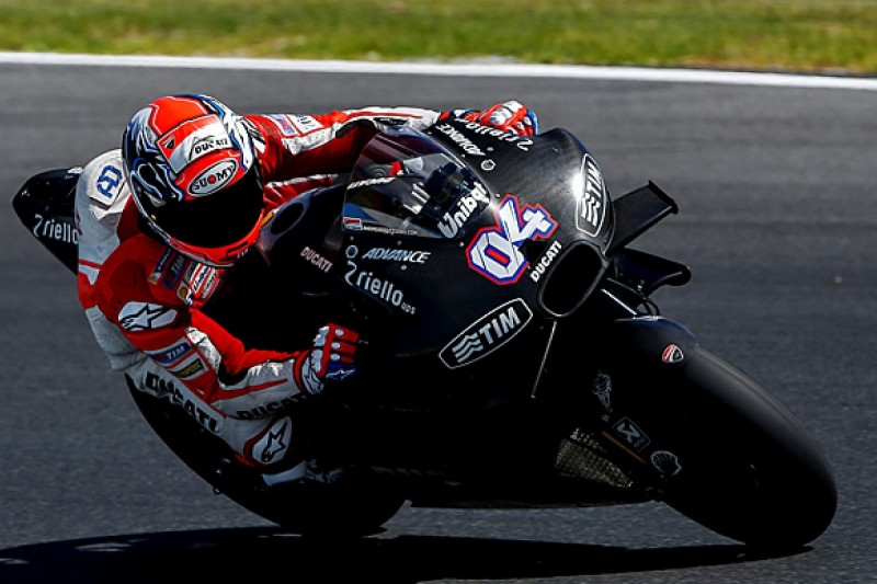 Ducati still chasing 'feeling' with MotoGP's 2016 Michelins