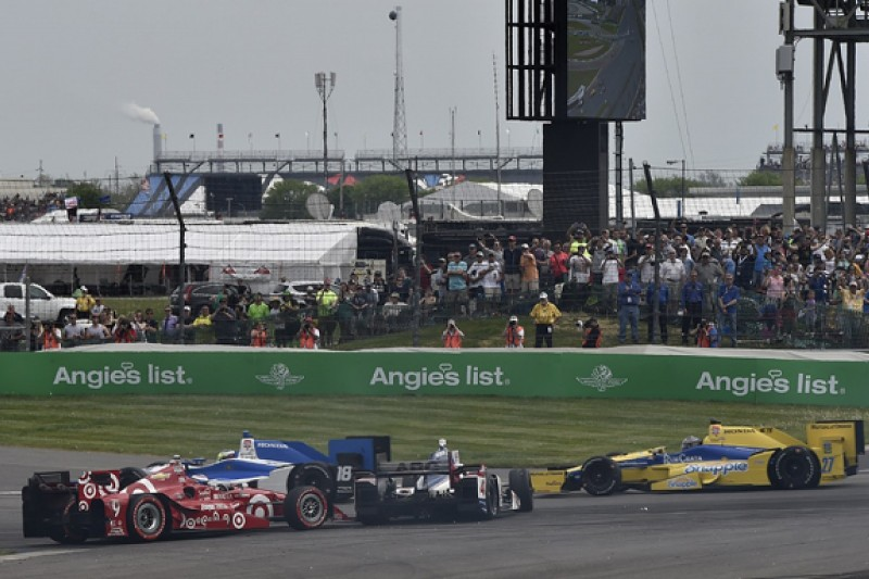 Luyendyk and Papis join panel of full-time IndyCar race stewards