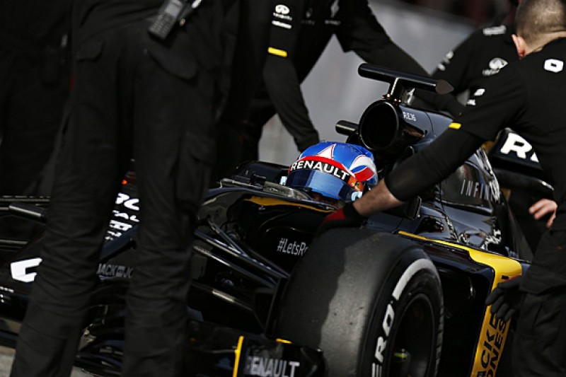 Jolyon Palmer rues 'painful' Renault software problems in F1 test