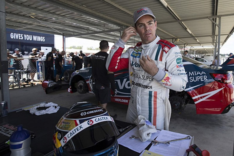 Craig Lowndes returns from injury in V8 Supercars testing