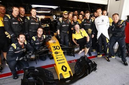 Japanese GP: Early Renault split made sense, reckons Palmer