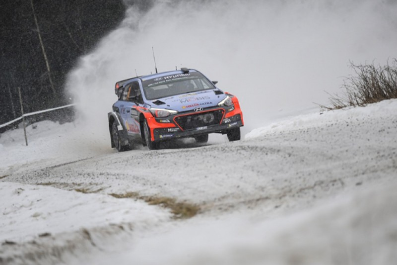 Hyundai to push WRC reliability fix through, Volkswagen in the dark