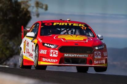 Scott McLaughlin takes Bathurst 1000 pole with lap record