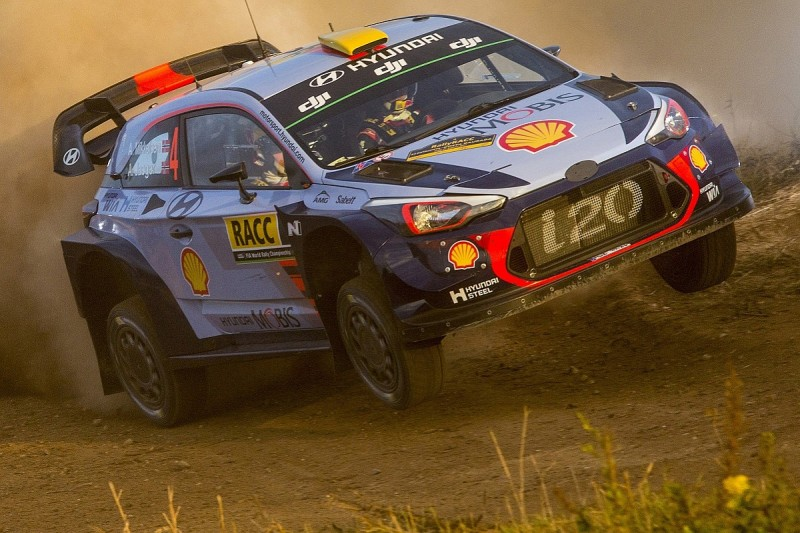 WRC Catalunya: Mikkelsen maintains lead on first day for Hyundai