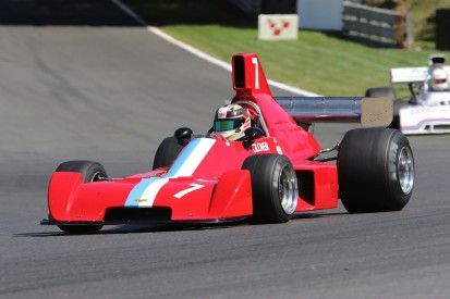 Formula 5000 cars return to Castle Combe for Autumn Classic
